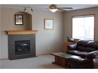 Photo 7: 137 CIMARRON Drive: Okotoks Residential Detached Single Family for sale : MLS®# C3597857