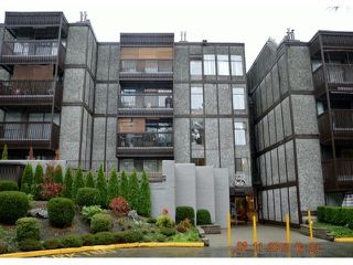 "Main Photo: 409 9672 134TH Street in Surrey: Whalley Condo for sale in ""DOGWOOD"" (North Surrey)  : MLS®# F1403404"