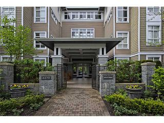 "Photo 1: 303 6279 EAGLES Drive in Vancouver: University VW Condo for sale in ""REFLECTIONS"" (Vancouver West)  : MLS®# V1061772"