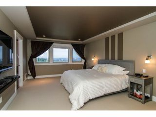 "Photo 13: 3327 BLOSSOM Court in Abbotsford: Abbotsford East House for sale in ""The Highlands"" : MLS®# F1411809"