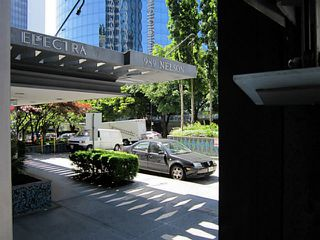 "Photo 2: 1208 989 NELSON Street in Vancouver: Downtown VW Condo for sale in ""Electra"" (Vancouver West)  : MLS®# V1072003"