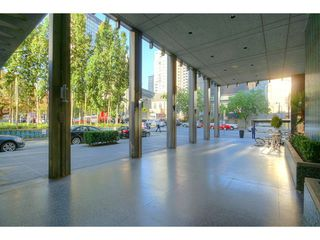 "Photo 3: 1208 989 NELSON Street in Vancouver: Downtown VW Condo for sale in ""Electra"" (Vancouver West)  : MLS®# V1072003"