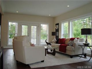 Photo 4: 23 Channery Place in VICTORIA: VR View Royal Single Family Detached for sale (View Royal)  : MLS®# 331636