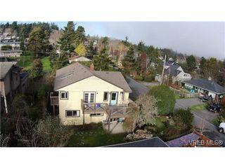 Photo 4: 2627 Killarney Rd in VICTORIA: SE Cadboro Bay Single Family Detached for sale (Saanich East)  : MLS®# 689454