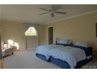 Photo 17: 2627 Killarney Rd in VICTORIA: SE Cadboro Bay Single Family Detached for sale (Saanich East)  : MLS®# 689454