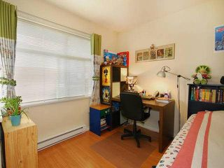 "Photo 8: 9 6539 ELGIN Avenue in Burnaby: Forest Glen BS Townhouse for sale in ""OAKWOOD"" (Burnaby South)  : MLS®# V1112549"
