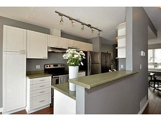 "Photo 3: 27 15030 58TH Avenue in Surrey: Sullivan Station Townhouse for sale in ""Summerleaf"" : MLS®# F1436995"