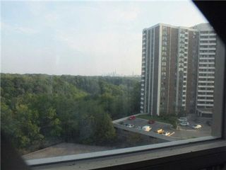Photo 10: 903 5 Vicora Linkway in Toronto: Flemingdon Park Condo for sale (Toronto C11)  : MLS®# C3224137