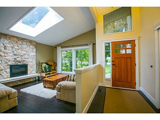 Photo 3: 570 SCHOOLHOUSE Street in Coquitlam: Central Coquitlam House for sale : MLS®# V1130939