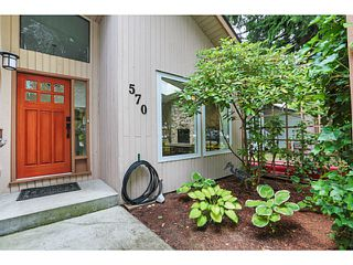 Photo 2: 570 SCHOOLHOUSE Street in Coquitlam: Central Coquitlam House for sale : MLS®# V1130939