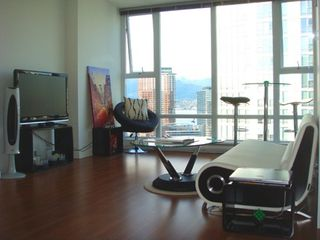 "Photo 2: 2706 668 CITADEL PARADE in Vancouver: Downtown VW Condo for sale in ""SPECTRUM"" (Vancouver West)  : MLS®# R2000257"