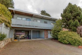 Photo 3: 3384 CARDINAL Drive in Burnaby: Government Road House for sale (Burnaby North)  : MLS®# R2037916