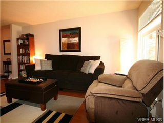 Photo 5: 101 835 Selkirk Ave in VICTORIA: Es Kinsmen Park Condo Apartment for sale (Esquimalt)  : MLS®# 735475