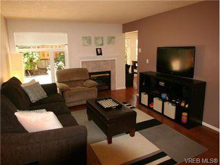 Photo 4: 101 835 Selkirk Ave in VICTORIA: Es Kinsmen Park Condo for sale (Esquimalt)  : MLS®# 735475