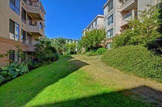 Photo 20: 110 545 Manchester Rd in VICTORIA: Vi Burnside Condo Apartment for sale (Victoria)  : MLS®# 739420