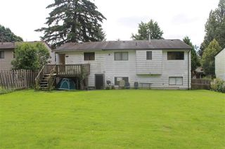 Photo 2: 14927 88A Avenue in Surrey: Bear Creek Green Timbers House for sale : MLS®# R2105918