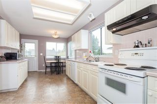 Photo 6: 1846 KING GEORGE Boulevard in Surrey: King George Corridor House for sale (South Surrey White Rock)  : MLS®# R2126881