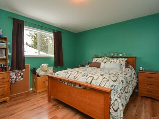 Photo 6: 483 FORESTER Avenue in COMOX: CV Comox (Town of) House for sale (Comox Valley)  : MLS®# 752915