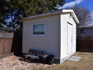 Photo 13: 2062 GLADSTONE DRIVE in : Sahali House for sale (Kamloops)  : MLS®# 139217