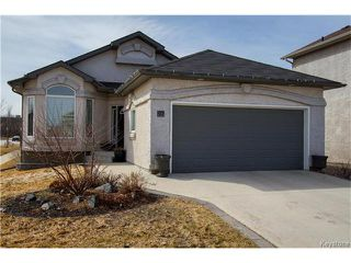 Photo 1: 97 Grifindale Bay in Winnipeg: River Grove Residential for sale (4E)  : MLS®# 1706885