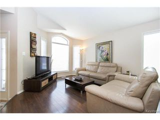 Photo 2: 97 Grifindale Bay in Winnipeg: River Grove Residential for sale (4E)  : MLS®# 1706885