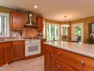 Photo 16: 1542 MULBERRY Lane in COMOX: CV Comox (Town of) House for sale (Comox Valley)  : MLS®# 758732