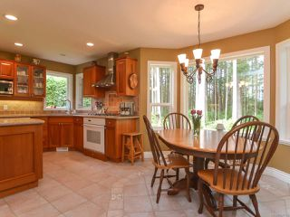 Photo 6: 1542 MULBERRY Lane in COMOX: CV Comox (Town of) House for sale (Comox Valley)  : MLS®# 758732