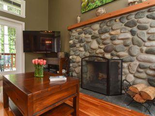 Photo 3: 1542 MULBERRY Lane in COMOX: CV Comox (Town of) House for sale (Comox Valley)  : MLS®# 758732