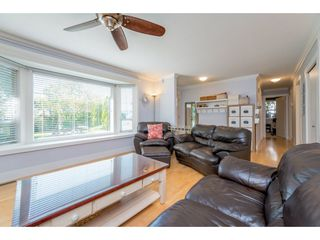 Photo 5: 9488 213 Street in Langley: Walnut Grove House for sale : MLS®# R2169405