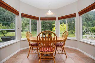 "Photo 8: 40218 WELLS LINE Road in Abbotsford: Sumas Prairie House for sale in ""SUMAS PRAIRIE"" : MLS®# R2172038"