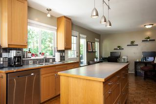 Photo 9: 7982 161A Street in Surrey: Fleetwood Tynehead House for sale : MLS®# R2172803