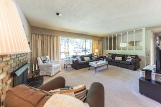 Photo 12: 3612 MCRAE Crescent in Port Coquitlam: Woodland Acres PQ House for sale : MLS®# R2181291