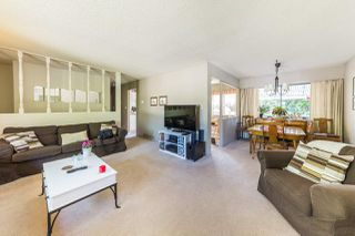 Photo 2: 3612 MCRAE Crescent in Port Coquitlam: Woodland Acres PQ House for sale : MLS®# R2181291