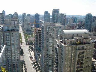 "Photo 4: 2707 928 RICHARDS Street in Vancouver: Yaletown Condo for sale in ""THE SAVOY"" (Vancouver West)  : MLS®# R2199716"