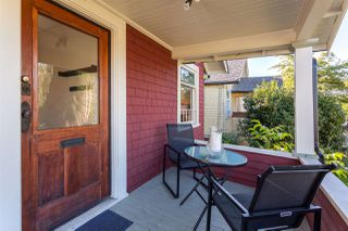 "Photo 3: 4550 HARRIET Street in Vancouver: Fraser VE House for sale in ""CEDAR COTTAGE"" (Vancouver East)  : MLS®# R2209105"