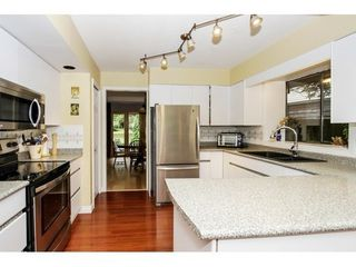 Photo 11: 2107 126TH Street in South Surrey White Rock: Home for sale : MLS®# F1421991