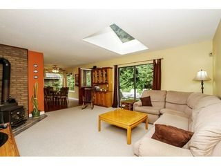 Photo 7: 2107 126TH Street in South Surrey White Rock: Home for sale : MLS®# F1421991