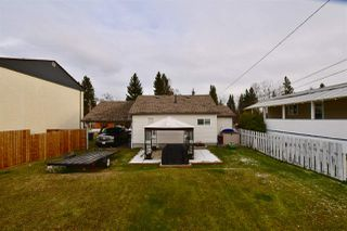 Photo 2: 727 DOUGLAS Street in Prince George: Central House for sale (PG City Central (Zone 72))  : MLS®# R2222006