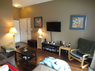 Photo 4: 633 DOUGLAS Street in Hope: Hope Center Townhouse for sale : MLS®# R2244682