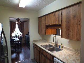 Photo 8: 633 DOUGLAS Street in Hope: Hope Center Townhouse for sale : MLS®# R2244682