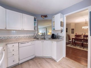 "Photo 10: 107 7151 121 Street in Surrey: West Newton Condo for sale in ""The Highlands"" : MLS®# R2246244"