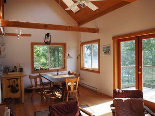 Photo 2: 5261 CLAYDON Road in Pender Harbour: Pender Harbour Egmont House for sale (Sunshine Coast)  : MLS®# R2250477