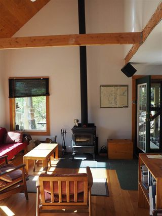 Photo 3: 5261 CLAYDON Road in Pender Harbour: Pender Harbour Egmont House for sale (Sunshine Coast)  : MLS®# R2250477