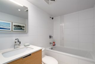 "Photo 11: 508 1635 W 3RD Avenue in Vancouver: False Creek Condo for sale in ""The Lumen"" (Vancouver West)  : MLS®# R2252692"