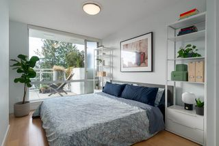 "Photo 6: 508 1635 W 3RD Avenue in Vancouver: False Creek Condo for sale in ""The Lumen"" (Vancouver West)  : MLS®# R2252692"