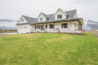 Photo 1: 5475 LOUGHEED Highway: Agassiz House for sale : MLS®# R2254247
