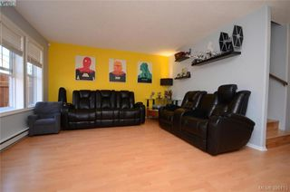 Photo 11: 3 2563 Millstream Rd in VICTORIA: La Mill Hill Row/Townhouse for sale (Langford)  : MLS®# 792182