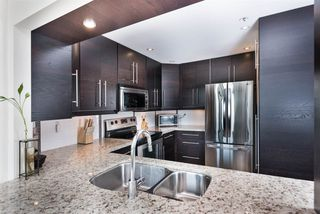 """Photo 6: PH7 460 WESTVIEW Street in Coquitlam: Coquitlam West Condo for sale in """"PACIFIC HOUSE"""" : MLS®# R2292434"""