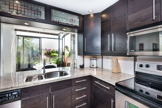 """Photo 8: PH7 460 WESTVIEW Street in Coquitlam: Coquitlam West Condo for sale in """"PACIFIC HOUSE"""" : MLS®# R2292434"""