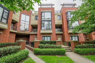 Main Photo: 3 11 E ROYAL Avenue in New Westminster: Fraserview NW Townhouse for sale : MLS®# R2299976